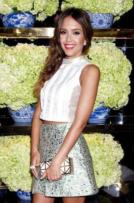 Jessica Alba lors de l'inauguration de la nouvelle boutique Tory Burch à Los Angeles, le 14 janvier 2014.