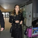 Jessica Alba à l'aéroport d'Heathrow de Londres le 6 décembre 2012