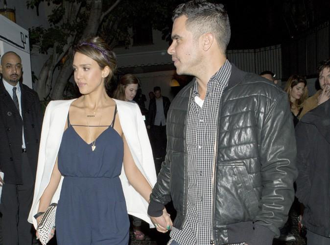 Jessica Alba : de retour à L.A., elle s'offre une soirée en amoureux avec son mari Cash Warren !