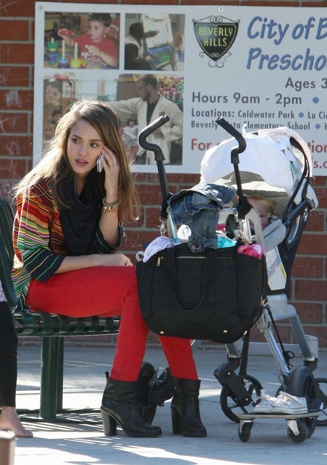 Une maman pas comme les autres au parc de Coldwater Canyon !