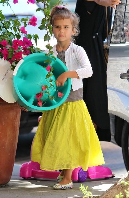 Honor, la fille de Jessica Alba, à Los Angeles, le 18 septembre 2012.