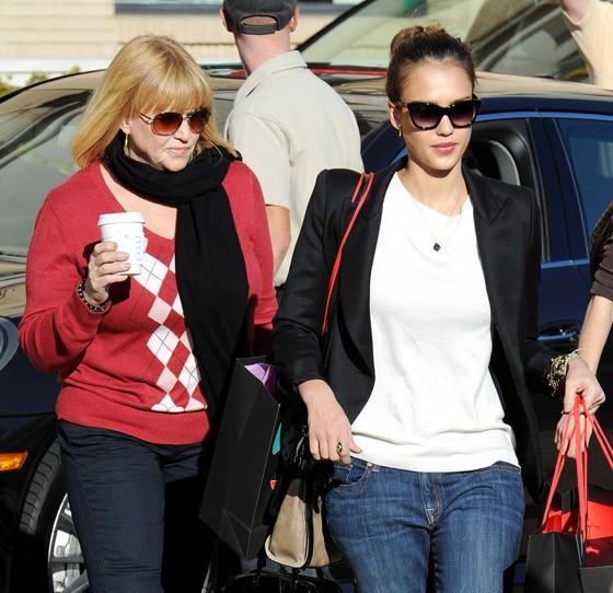 La mère et la fille, de vraies serial shoppeuses !