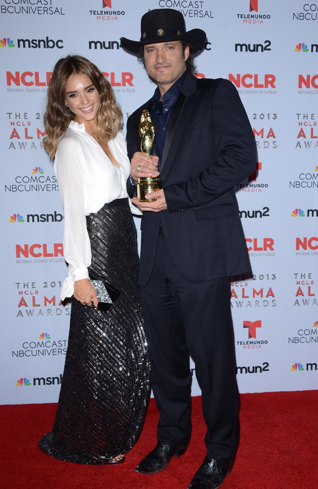 Jessica Alba à la cérémonie des ALMA Awards organisée à Los Angeles le 27 septembre 2013