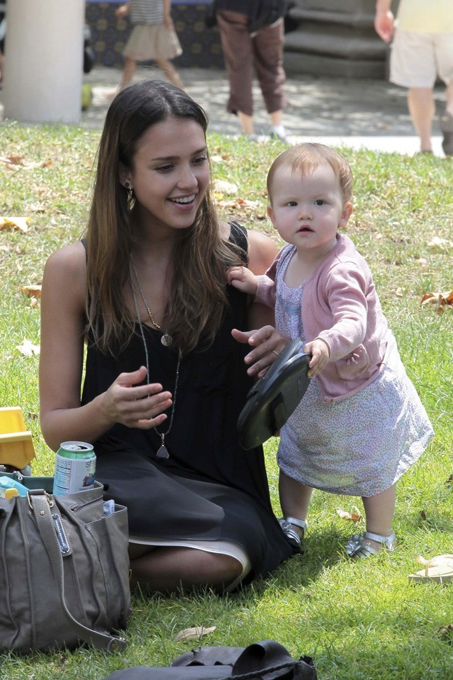 Jessica Alba et sa petite Haven