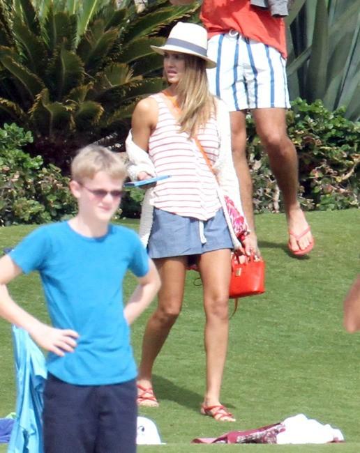 Jessica Alba en vacances à Los Cabos, le 29 décembre 2012.