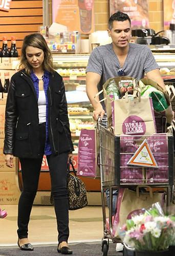 Cash Warren et Jessica Alba à Los Angeles le 15 février 2014