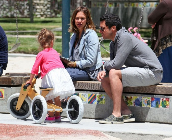 La jolie famille de Jessica Alba ... !