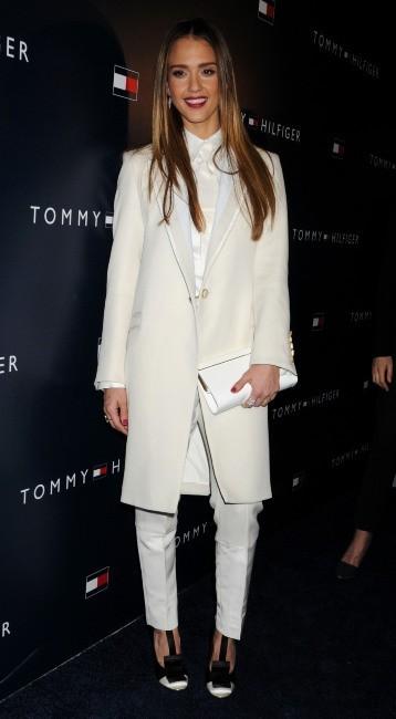 Jessica Alba lors de la soirée d'ouverture de la nouvelle boutique Tommy Hilfiger à West Hollywood, le 13 février 2013.