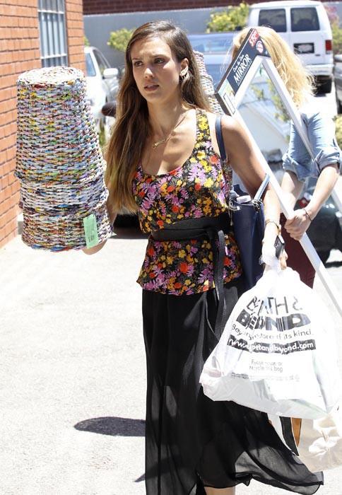 Jessica Alba à Los Angeles le 17 juillet 2013