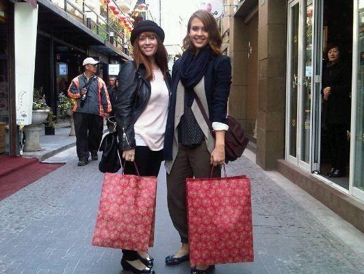 En Chine, c'est shopping entre copines !