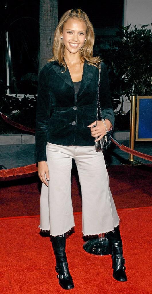 Jessica Alba à 20 ans : sourire ultra bright