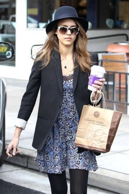 Jessica Alba à Los Angeles, le 12 avril 2012.