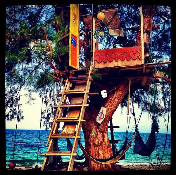 Jessica Lowndes : en tournage en Malaisie, c'est le paradis !