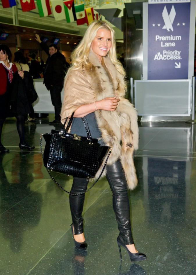 Jessica Simpson à l'aéroport de JFK, le 6 janvier 2014.