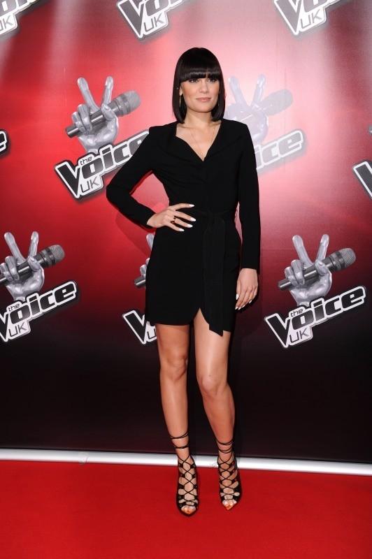 Jessie J, élégante et sexy pour la promo de The Voice