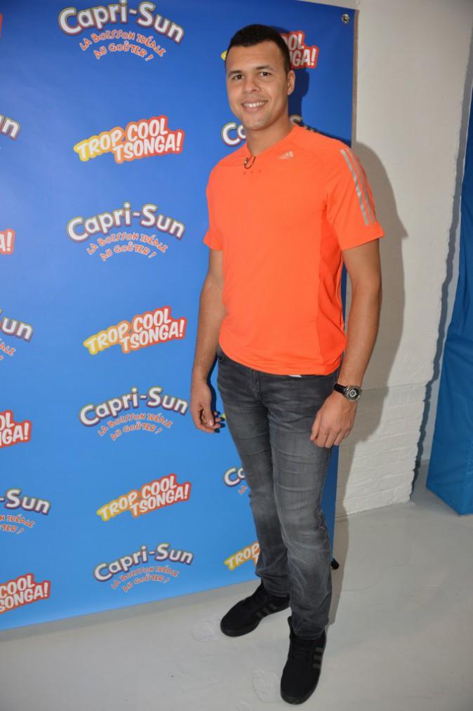 Photos : Jo-Wilfried Tsonga : nouvel ambassadeur Capri-Sun, il tient au jus les mamans trop cool !