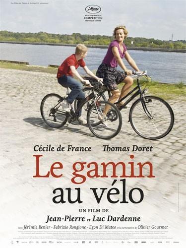 Cécile de France à bicyclette dans Le Gamin au vélo.