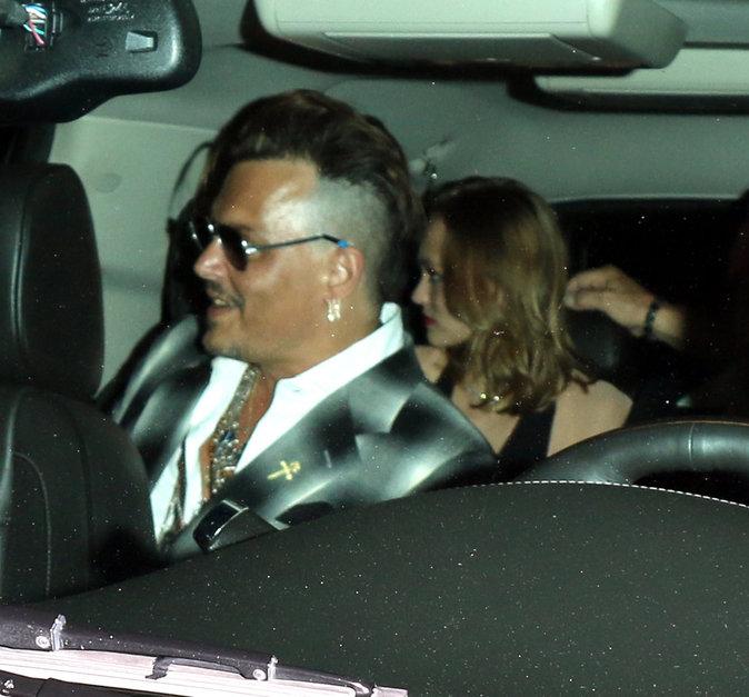Johnny Depp souriant, ça faisait longtemps !