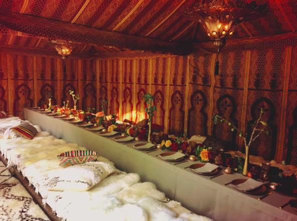 Photos : Johnny Hallyday : Pour ses 73 ans, sa femme Laeticia lui organise une somptueuse fête au Maroc !