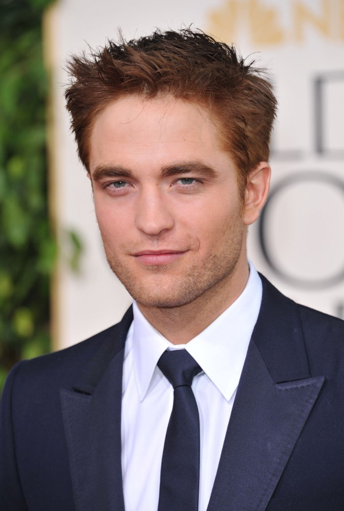 Photos : Robert Pattinson en 2011 à la 68e cérémonie des Golden Globes Awards, à Beverly Hills