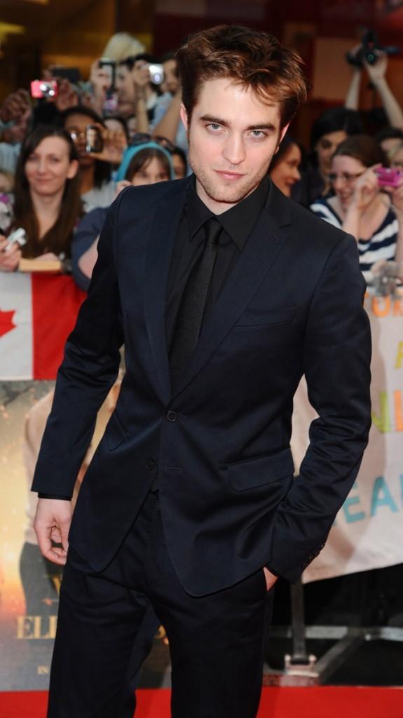 Photos : Robert Pattinson en 2011 à la première de De l'eau pour les éléphants, à Londres