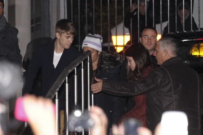 """Avec Selena Gomez, en mode """"jeune fille apeurée""""!"""
