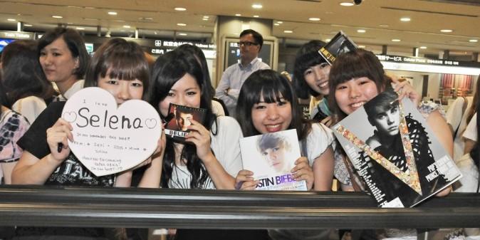 Les fans de Justin et Selena les attendaient de pied ferme !