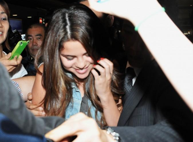 Selena Gomez à l'aéroport de Narita le 9 juillet 2012