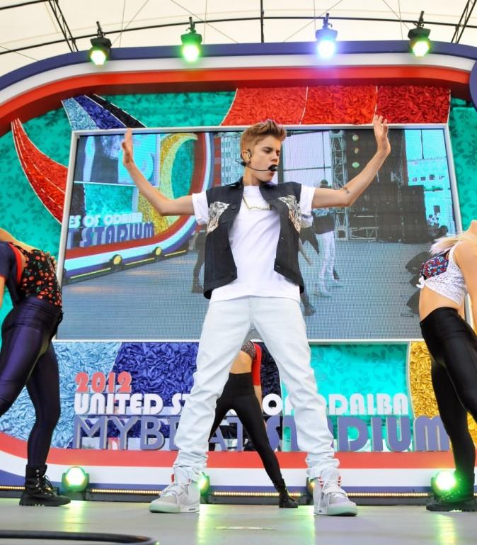 Justin Bieber sur scène à Tokyo, le 11 juillet 2012.