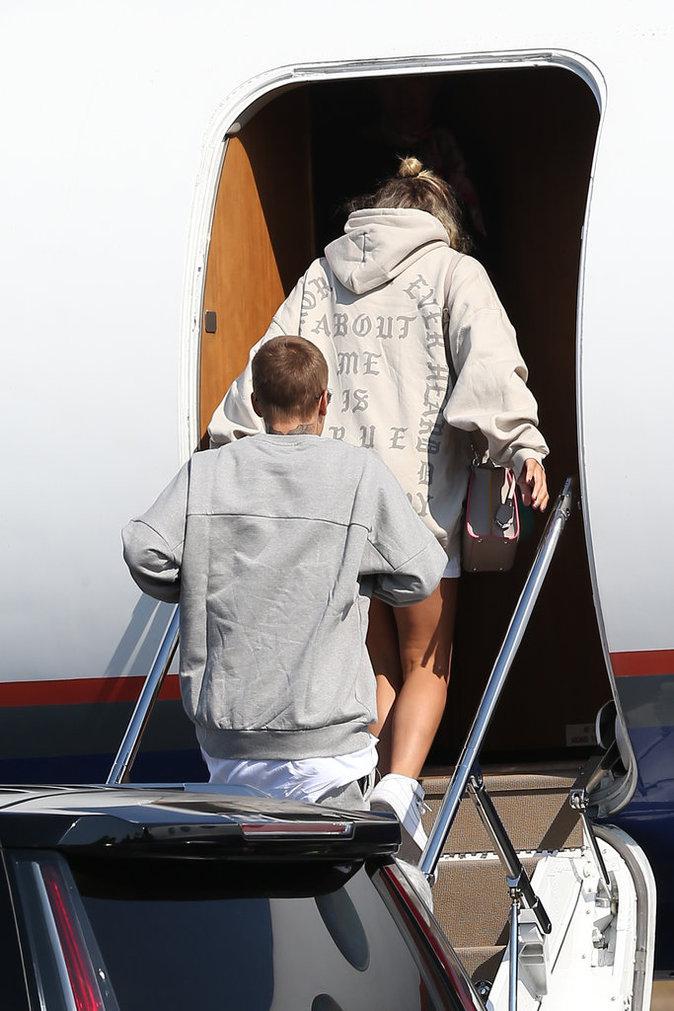 Sofia Richie et Justin Bieber prennent un avion privé ce vendredi 26 août direction le Mexique