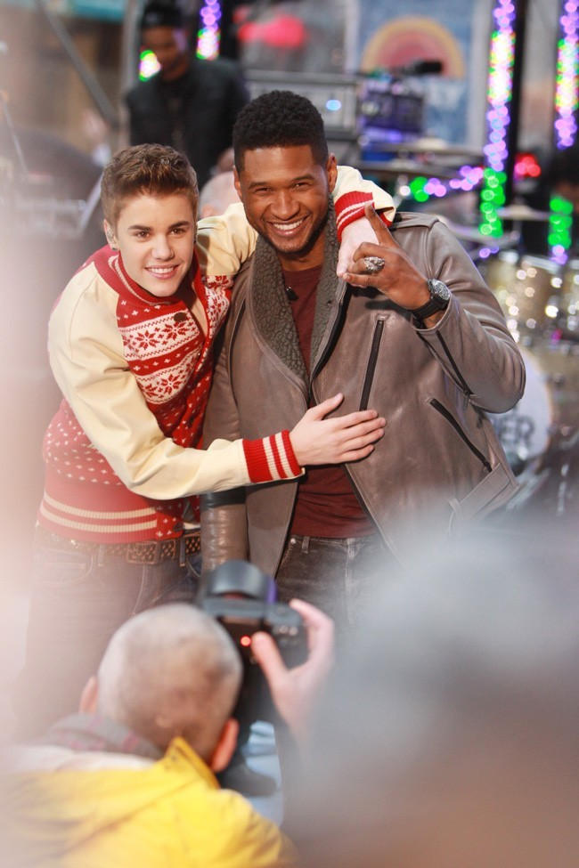Avec son meilleur ami...Usher !
