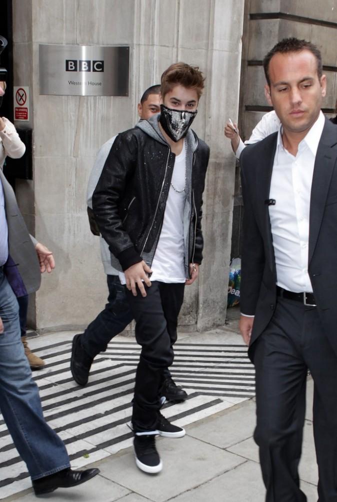 Justin se la joue hooligan !