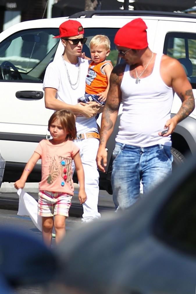 Justin Bieber en famille le 30 juillet 2012 à Calabasas