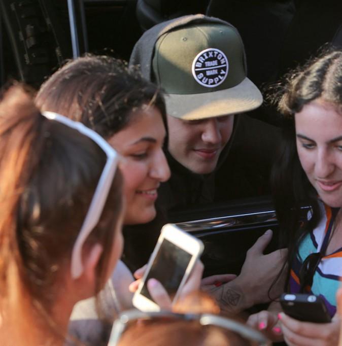 Photos : Justin Bieber : le chanteur essaie de se laisser pousser la barbe