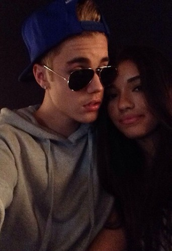 Photos : Justin Bieber : oubliée Selena Gomez, il se console (encore) dans les bras de Yovanna Ventura !