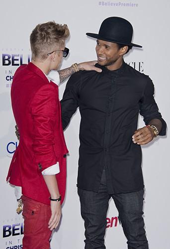 Justin Bieber et Usher à Los Angeles le 18 décembre 2013