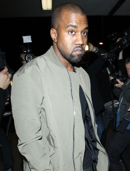 Kanye West à l'aéroport de Los Angeles, le 24 mars 2014.