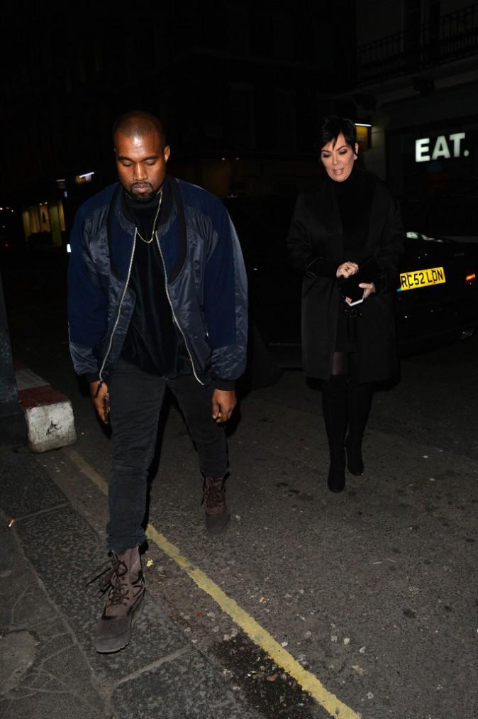 """Photos : Kanye West : """"meilleur que Picasso"""", il part faire la fête avec sa belle-mère Kris Jenner !"""