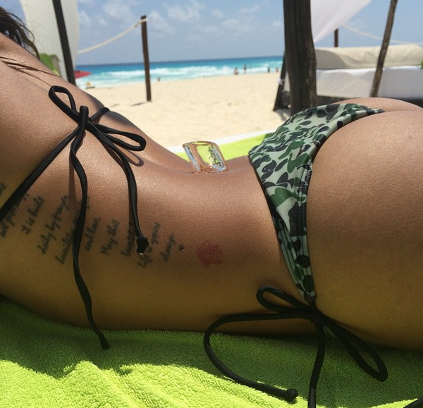 Photos : Karrueche Tran : Chris Brown la supplie de revenir, elle s'échappe à Cancun !