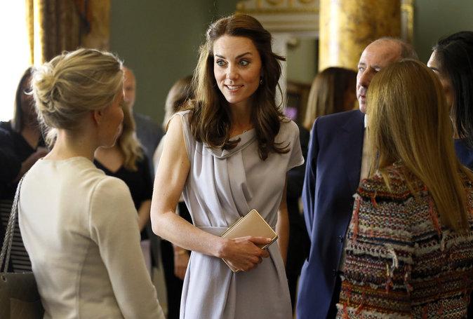 Photos : Kate de Cambridge : dans tous ses états pour les enfants !