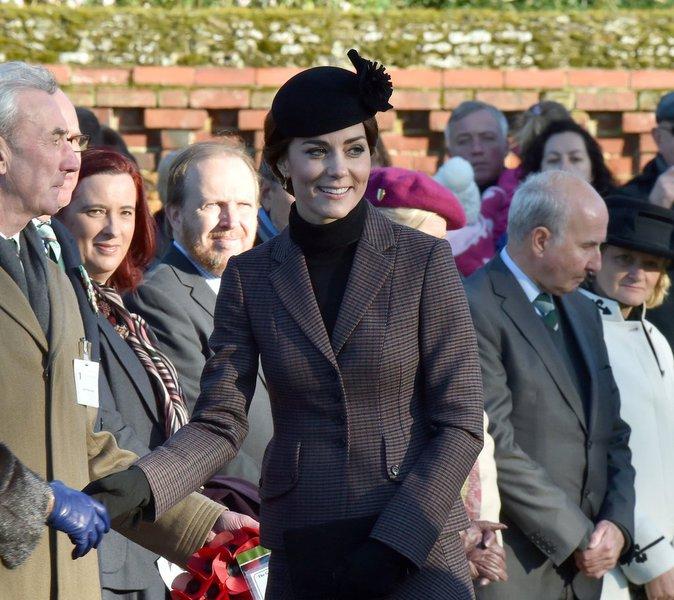 Photos : Kate Middleton : larmes d'émotion pour la famille royale lors de commémorations