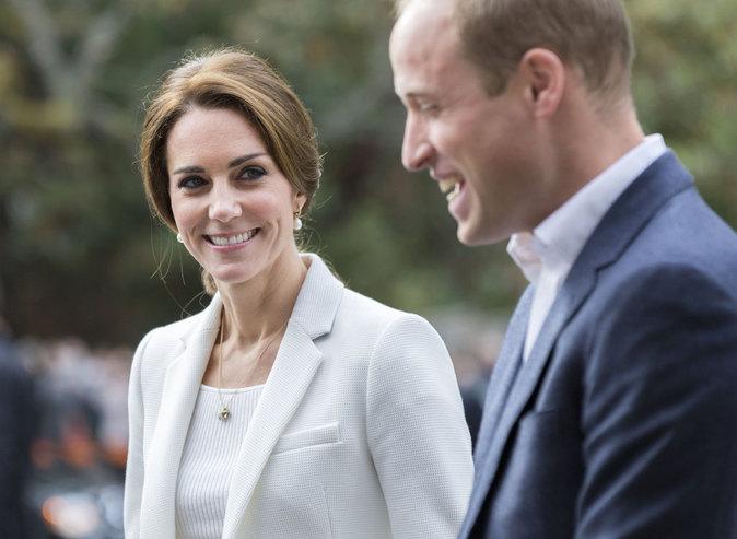 Kate de Cambridge en veste Zara, le 1er octobre à Victoria (Canada)