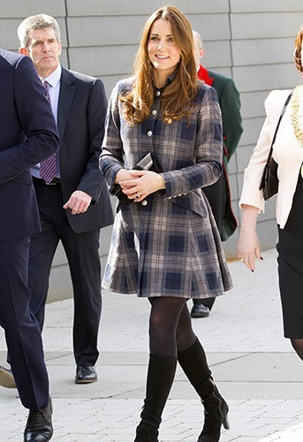 Photos : Kate Middleton : à Glasgow avec le prince William, la future maman est toujours aussi radieuse !