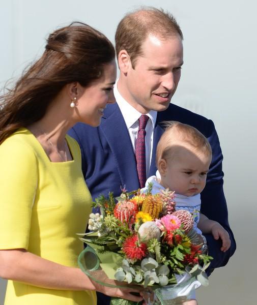 Kate Middleton, le prince William et le prince George à Sydney, le 16 avril 2014.