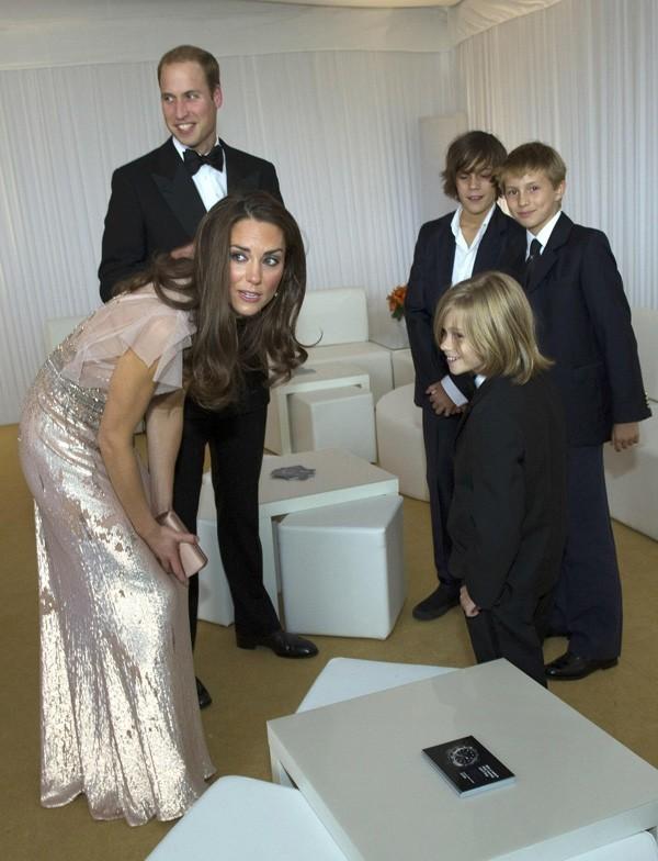 Kate charme aussi les plus jeunes !
