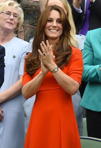 Photos : Kate Middleton de retour aux affaires, Pippa aussi !