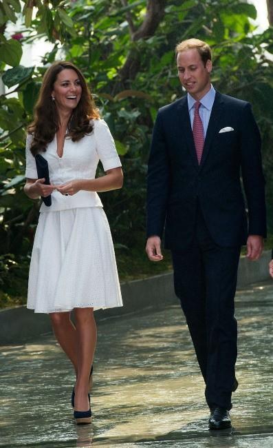 Kate Middleton et le prince William dans les Jardins de la Baie à Singapour, le 12 septembre 2012.