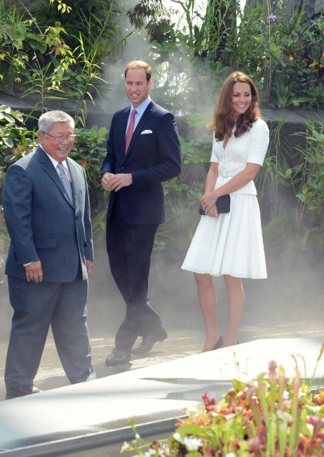Kate Middleton et le prince William dans les Jardins de la Baie à Singapour, le 12 septembre 2012.