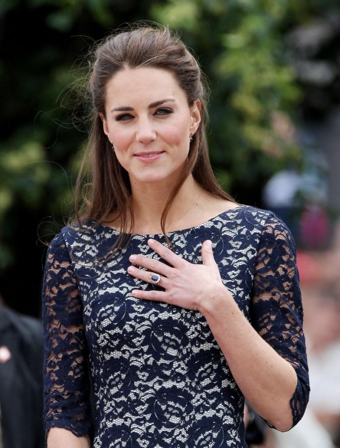Kate Middleton au Mémorial National de la guerre à Ottawa, le 30 juin 2011.