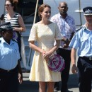 Kate Middleton à l'aéroport d'Honiara, le 18 septembre 2012.